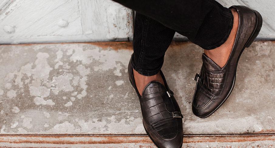 Ett urval av Vagabond skor för honom
